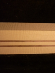 e-bass-neck maple/nut 1200x110x50mms € 90,--