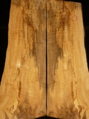 eguit020c  spalted flame maple  droptop thickness 8mms € 40,--