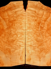 32  maple burl droptop thickness 8mms € 90,--